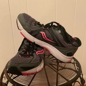 SAUCONY GRID IGNITION 5, Size 8.5